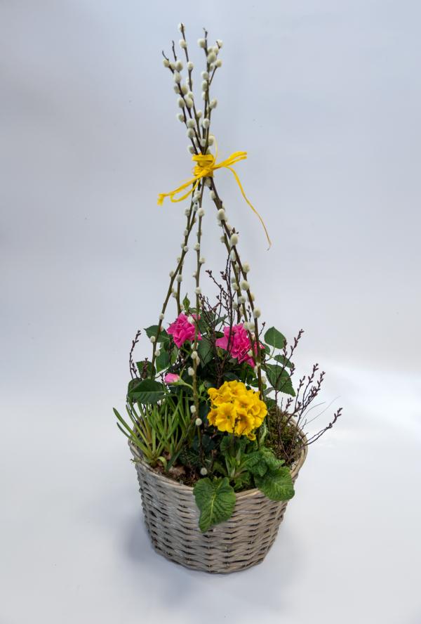 Großer Pflanzkorb mit Blühern der Saison (rund, Durchmesser ca. 30 cm, Höhe ca. 25 cm)